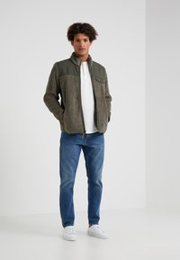 Outerknown - TRAILS HENLEY - T-shirt à manches longues - whitewater - 1