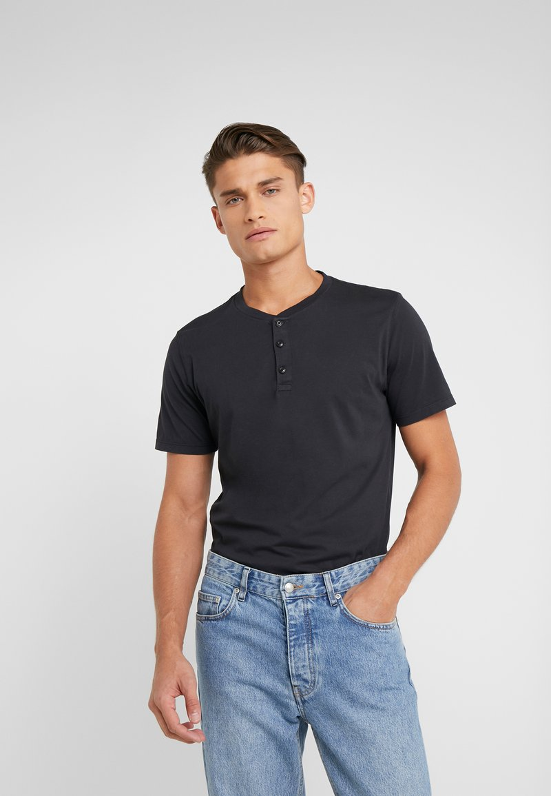 Outerknown - SOJOURN HENLEY - T-shirt basique - bright black