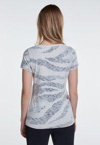 Oui - Print T-shirt - grey - 2