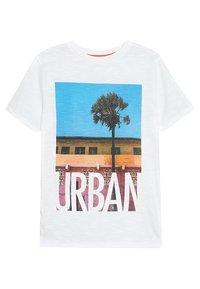 Outfit Kids - URBAN TEE - Triko spotiskem - white - 1
