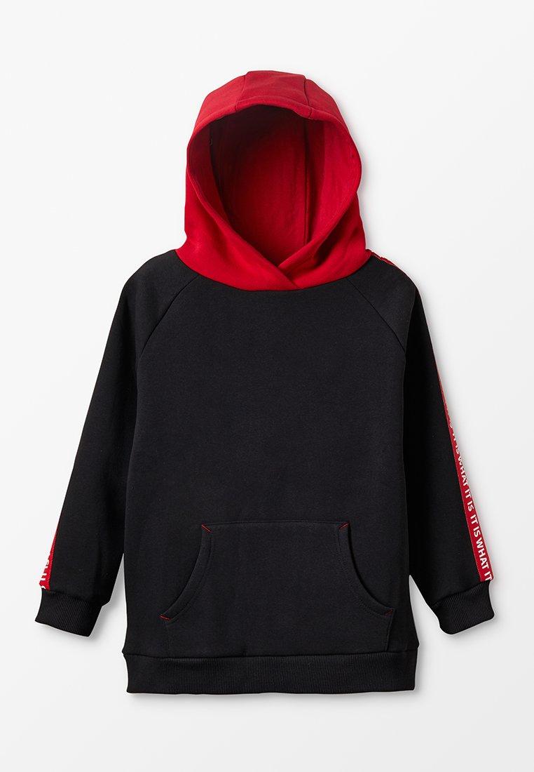 Outfit Kids - IT IS WHAT IT IS TAPE HOODY - Hoodie - black