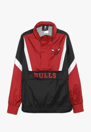 NBA CHICAGO BULLS WARM UP CRINKLED PACK AWAY  - Artykuły klubowe - black/red