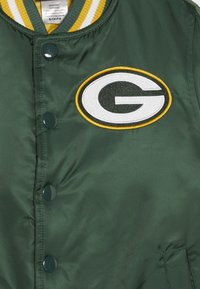 Outerstuff - NFL GREEN BAY PACKERS VARSITY JACKET - Sportovní bunda - fir/university gold - 4
