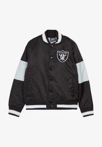 Outerstuff - NFL OAKLAND RAIDERS VARSITY - Bomber bunda - black/field silver - 3