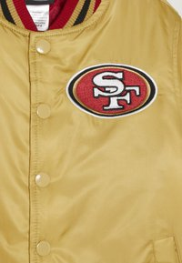 Outerstuff - NFL SAN FRANCISO 49ERS VARSITY JACKET - Veste de survêtement - gym red/club gold - 4