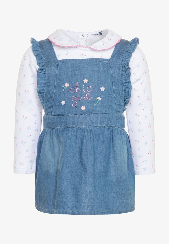 DRESS SET - Jeanskleid - faded denim