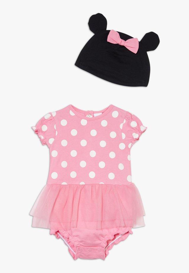 ROMPER HAT SET - Czapka - sachet pink