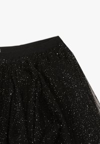 OVS - SKIRT SPRAY FOIL - A-lijn rok - black beauty - 3