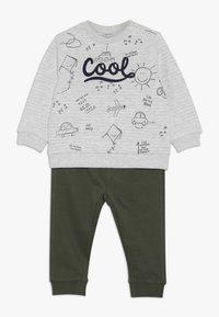 OVS - BABY JOGGING SET - Sweatshirt - beige melange - 0