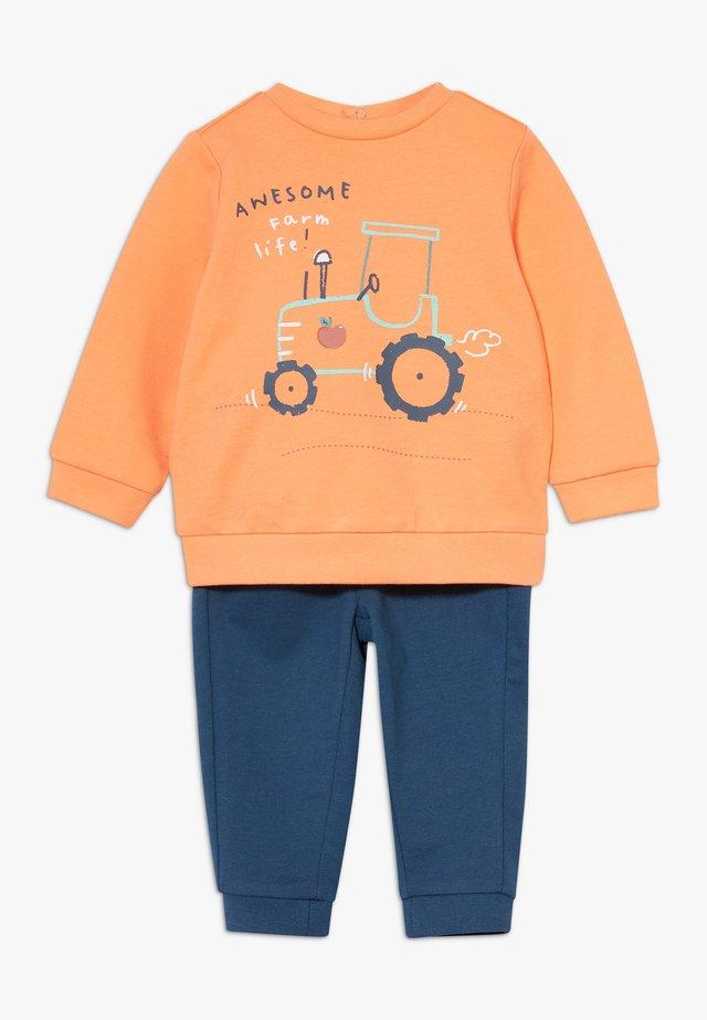 SET - Sweatshirts - mock orange