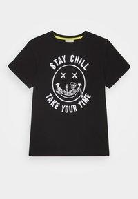 OVS - T-shirts print - black beauty - 0