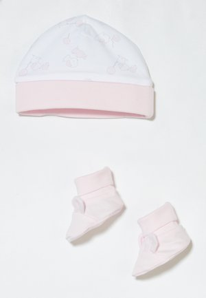 HAT SHOES SET - Geboortegeschenk - pink lady