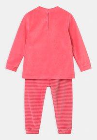 OVS - MINNIE - Pyjama set - geranium pink - 1