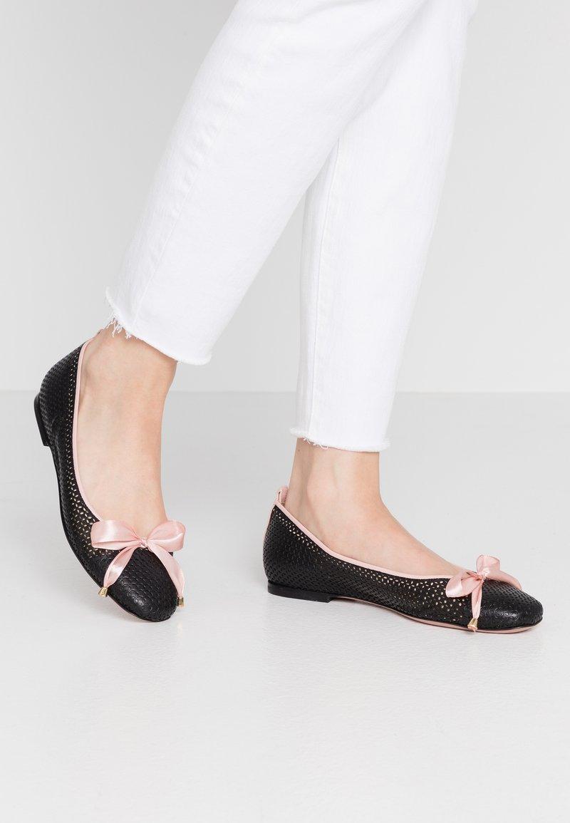 Oxitaly - LORENA - Ballet pumps - black/pink