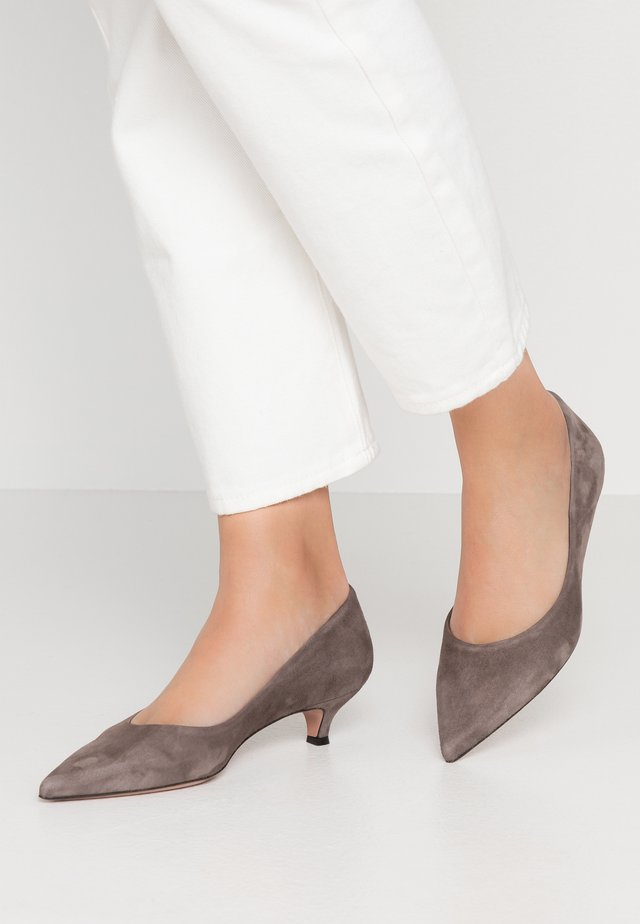SAMMY - Pumps - taupe