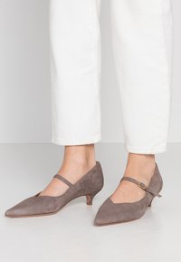 Oxitaly - SAMMY - Classic heels - taupe - 0