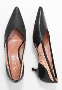 Oxitaly - SAMMY - Classic heels - nero - 3