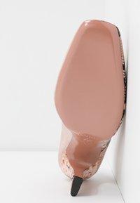 Oxitaly - LEANDRA - High heels - rosa - 6