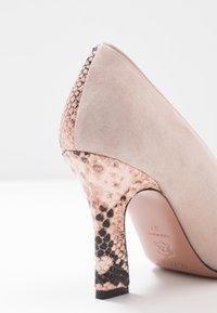 Oxitaly - LEANDRA - High heels - rosa - 2