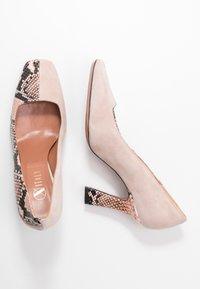 Oxitaly - LEANDRA - High heels - rosa - 3