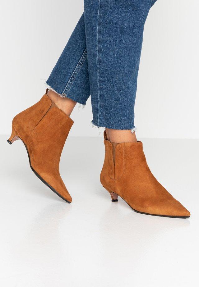 SAMMY - Ankle boot - autumn