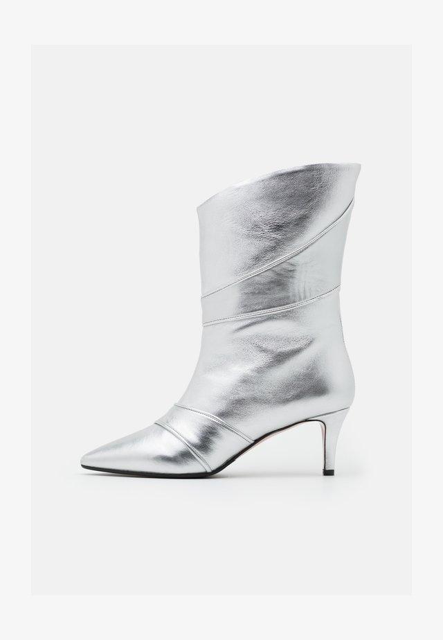 SARA  - Bottines - silver