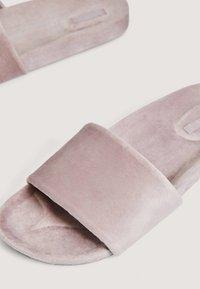 OYSHO - Slippers - rose - 4