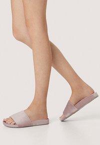 OYSHO - Slippers - rose - 0