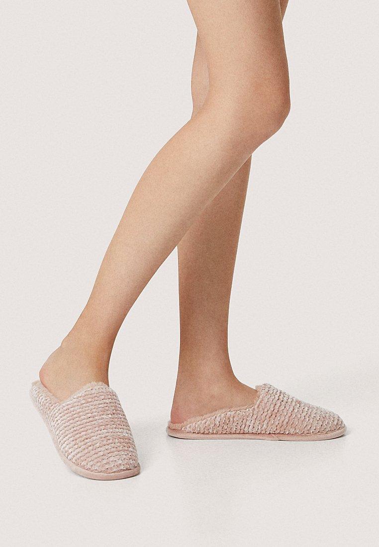 OYSHO - Slippers - rose
