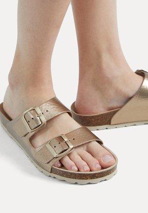 METALLIC - Pantofle - gold