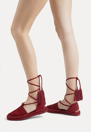 11263580 - Espadryle - red