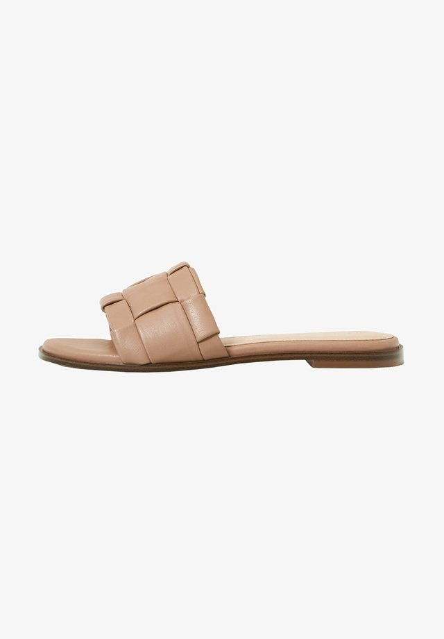 PADDED BRAIDED - Mules - nude