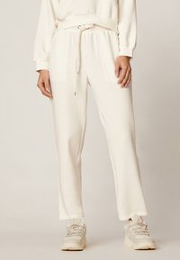 OYSHO - Trousers - white - 0