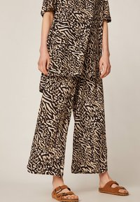 OYSHO - Trousers - brown - 4