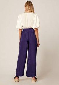 OYSHO - Trousers - dark purple - 1