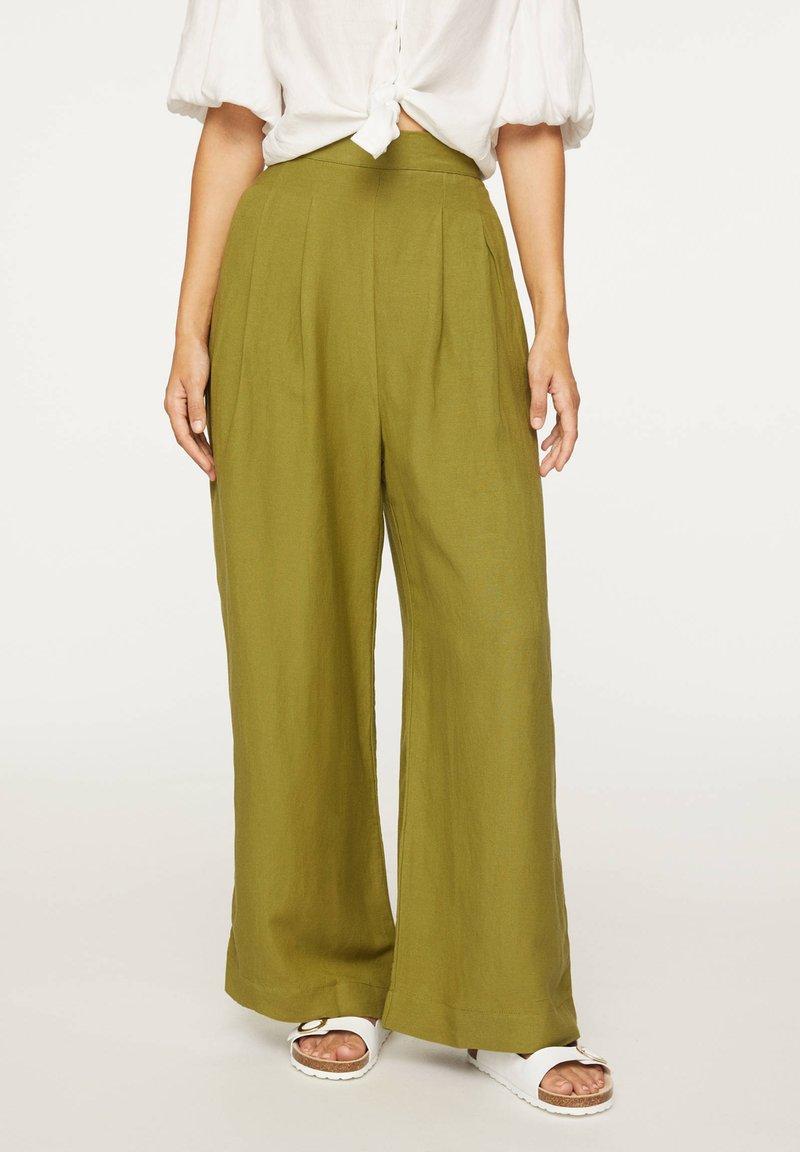 OYSHO - PALAZZO - Trousers - green