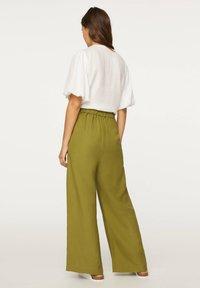 OYSHO - PALAZZO - Trousers - green - 3