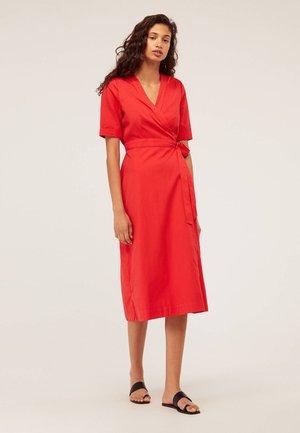 Sukienka z dżerseju - red