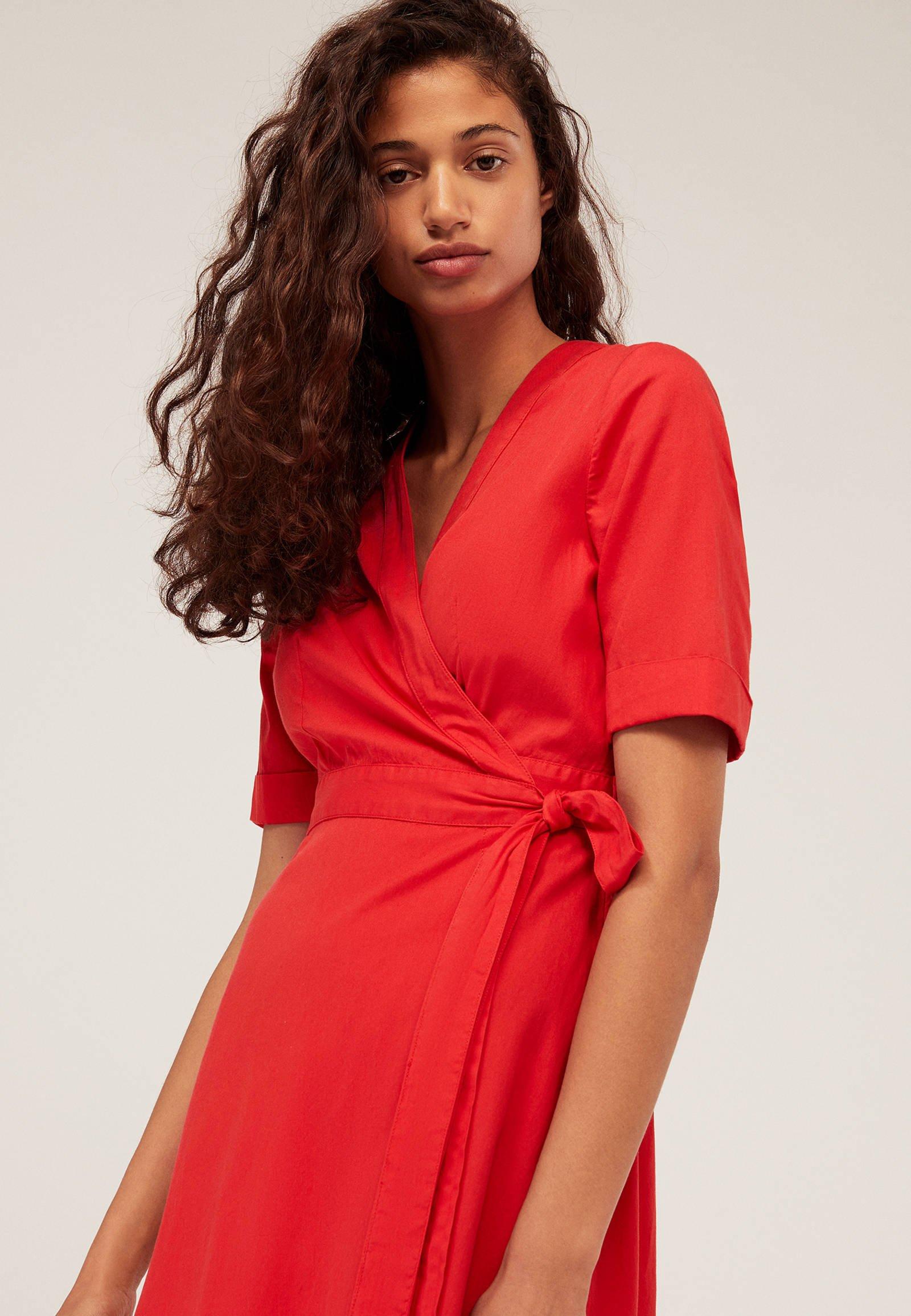 OYSHO Vestito di maglina - rosso red