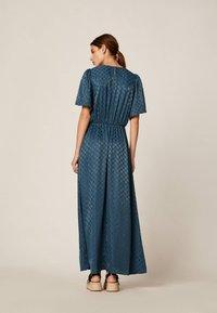 OYSHO - Maxi šaty - dark blue - 2