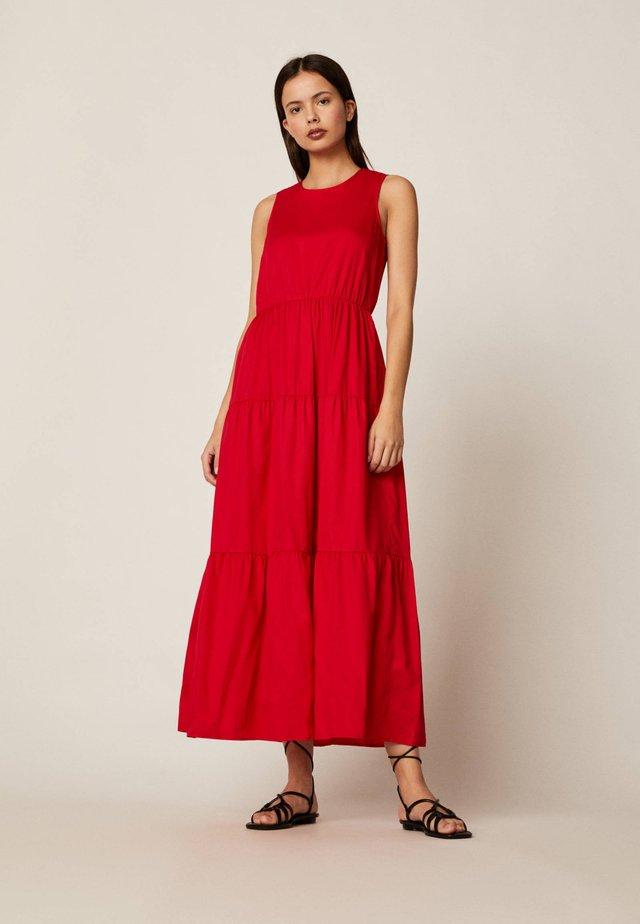 LANGES KLEID AUS BAUMWOLLE MIT VOLANTS 31991115 - Maxi dress - red