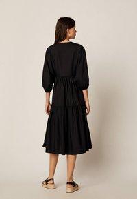 OYSHO - Denní šaty - black - 2
