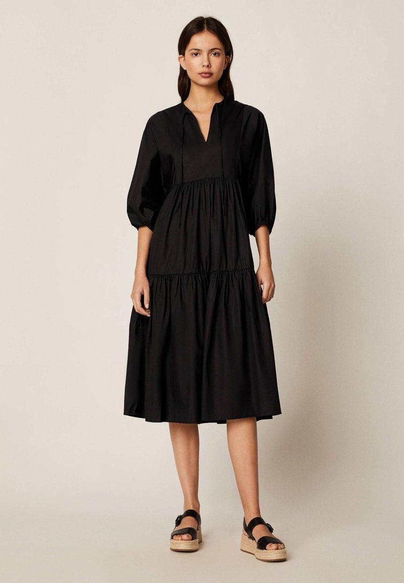 OYSHO - Denní šaty - black