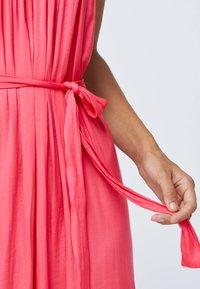 OYSHO - Długa sukienka - rose - 3