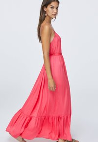 OYSHO - Długa sukienka - rose - 1