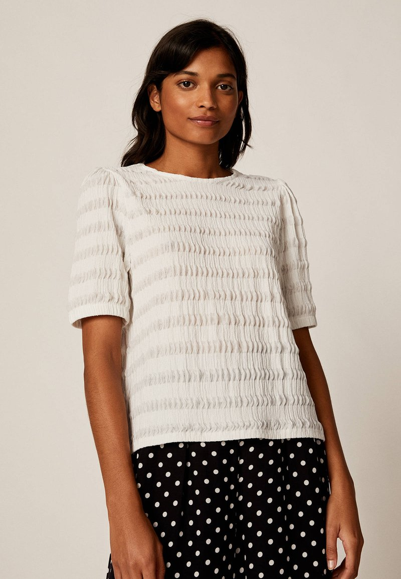 OYSHO - Basic T-shirt - white