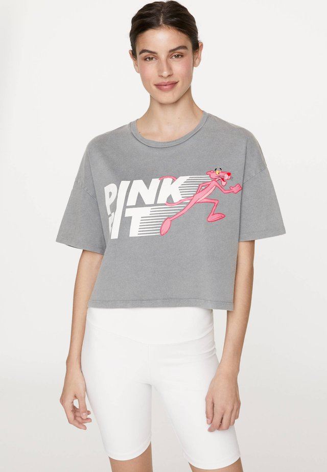 CROP-SHIRT PINK PANTHER® 30427527 - Print T-shirt - grey