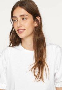 OYSHO - T-shirt basic - white - 5