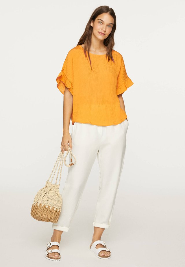 FRILL - T-shirt basique - mustard yellow