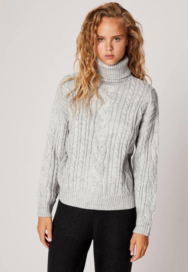 OYSHO - MIT HOHEM KRAGEN UND ZOPFMUSTER - Pullover - grey